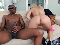 Attractive slutie pleasures turned on black dude.